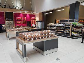 Présentoir boulangerie libre service Someva dans le centre E.Leclerc de Pontchâteau
