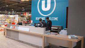 Agencement mobilier d'accueil du Super U de Saint Jean de Monts