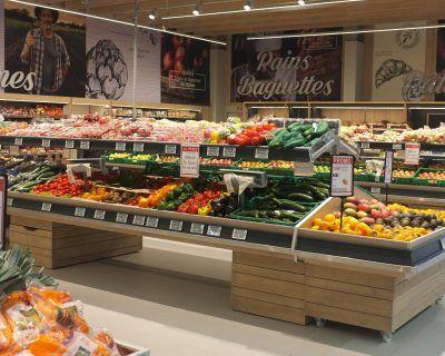 Mobiliers présentoirs légumes Someva
