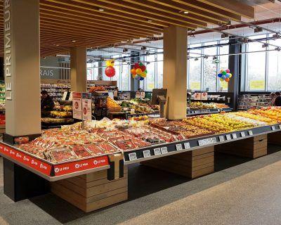 Mobiliers présentoirs rayon fruits et légumes
